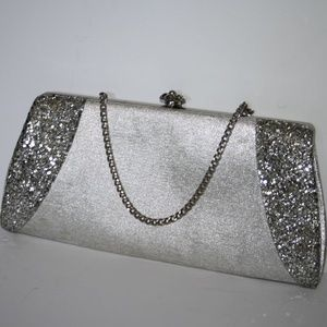 Vintage style silver glitter evening clutch